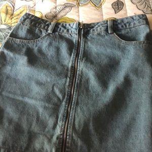 Denim skirt!! NEVER BEEN WORN